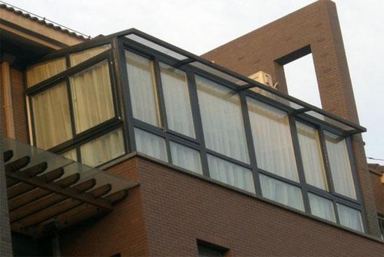 休闲生活封闭式阳台装修效果图