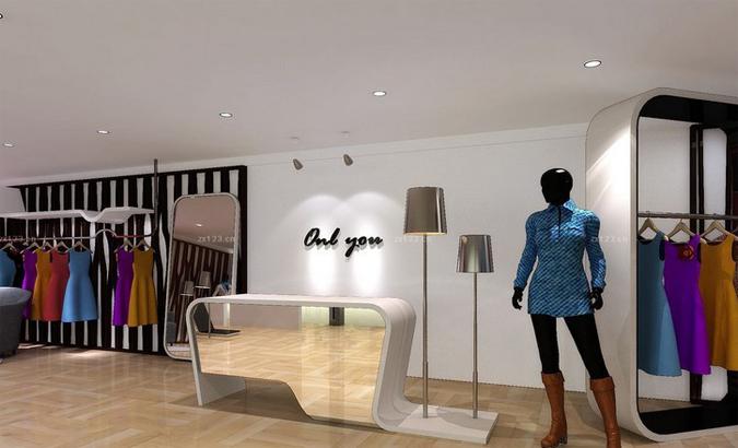 时尚女装店的布置要突出本身的特点,在外观上直接反映出经营特色,以引起客人的注意。时尚女装店不能过分追求新、洋、豪华的格局,既要反映风格特点,又要使客人感到可以接触,而不是可望而不可及,以吸引和留住更多的客人。